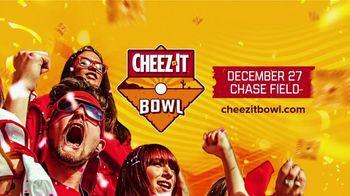 Cheez-It Bowl TV Spot, '2019 Phoenix: Chase Field' - Thumbnail 10