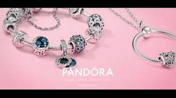 Pandora TV Spot, 'Holidays: Show Her You Know Her' - Thumbnail 10