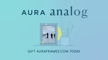 Aura Frames TV Spot, 'Perfect Holiday Gift: First Month Free' - Thumbnail 8