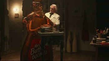 KFC Chicken & Waffles Nashville Hot TV Spot, 'Delicious Union' Song by The Righteous Brothers - Thumbnail 3