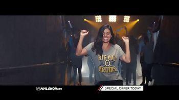 NHL Shop TV Spot, 'A Classic Thanksgiving Showdown' - Thumbnail 5