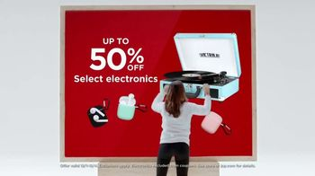 JCPenney Cyber Days TV Spot, 'Nike, Bedding and Electronics' - Thumbnail 7