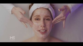Massage Envy TV Spot, 'Start With a Facial: Free Session' Featuring Vanessa Bayer