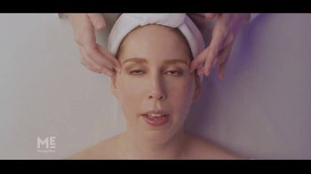 Massage Envy TV Spot, 'Start With a Facial: Free Session' Featuring Vanessa Bayer - Thumbnail 7