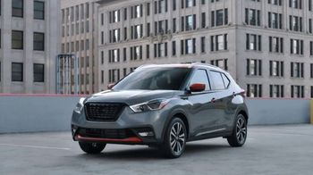 2020 Nissan Kicks TV Spot, 'Flex Your Tech' Song by Louis the Child, K.Flay [T1] - Thumbnail 7