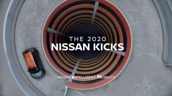 2020 Nissan Kicks TV Spot, 'Flex Your Tech' Song by Louis the Child, K.Flay [T1] - Thumbnail 8