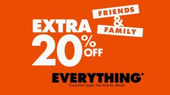 Big Lots Friends & Family Event TV Spot, 'New Year: 20 Percent Off Everything' - Thumbnail 4
