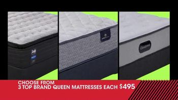 Rooms to Go January Clearance Sale TV Spot, 'Three Queen Mattresses'