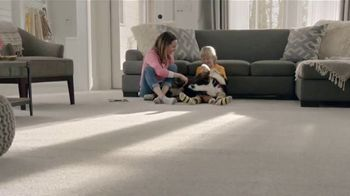 The Home Depot TV Spot, 'Filled With Memories: Official Carpet of the Puppy Bowl' - Thumbnail 9