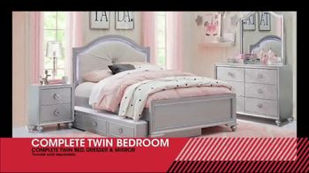 Rooms to Go Kids January Clearance Sale TV Spot, 'Complete Twin Bedroom' - Thumbnail 4