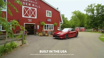2019 Toyota Camry TV Spot, 'USA Road Trip: Cider Mill' Featuring Ethan Erickson, Danielle Demski [T2]