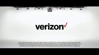 Verizon TV Spot, 'Aceves Family: Mix and Match for $35 + $700 Off iPhone' - Thumbnail 10
