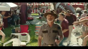 Dr Pepper TV Spot, 'Fansville: Big Fan Rising' Featuring Eddie George, Brian Bosworth - Thumbnail 5