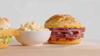 Arby's 2 for $6 Faves You Crave TV Spot, 'Mac-n-Cheesy' Song by YOGI - Thumbnail 2