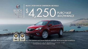 Buick Ring in the New Year TV Spot, 'S(You)V' Song by Matt and Kim [T2] - Thumbnail 8