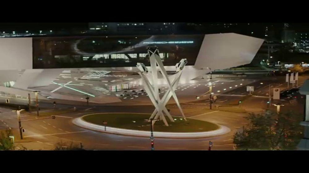 Porsche: Teaser: The Heist: Museum [T1]