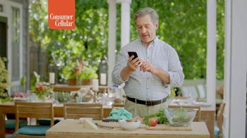 Consumer Cellular TV Spot, 'Couples' - Thumbnail 6
