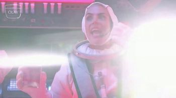 Olay Super Bowl 2020 Teaser, 'Make Space for Women: Daily Facials in Space' Featuring Busy Philipps, Lilly Singh - Thumbnail 6