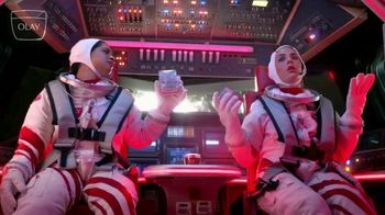 Olay Super Bowl 2020 Teaser, 'Make Space for Women: Daily Facials in Space' Featuring Busy Philipps, Lilly Singh - Thumbnail 7