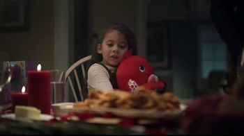 Hallmark Gold Crown Stores TV Spot, 'Valentine's Day: What's For Dinner' - Thumbnail 5