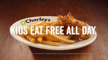O'Charley's TV Spot, 'Basket of Rolls - Thumbnail 6