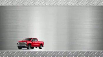 AutoNation New Year New Truck Event TV Spot, 'Gear Up: 2019 Silverado' - Thumbnail 7