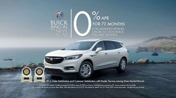 Buick Ring in the New Year TV Spot, 'S(You)V: Getting Ready' Song by Matt and Kim [T2] - Thumbnail 7