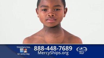 Mercy Ships TV Spot, 'Lining Up' - Thumbnail 8