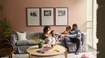 Framebridge TV Spot, 'Custom Framing Made Easier'
