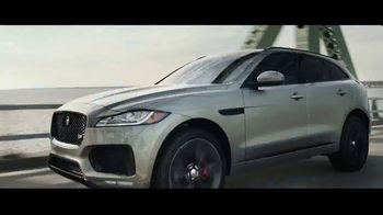 Jaguar F-PACE TV Spot, 'Jimmy & Kayper' [T1] - Thumbnail 10