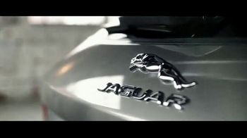 Jaguar F-PACE TV Spot, 'Jimmy & Kayper' [T1] - Thumbnail 3