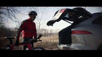 Jaguar F-PACE TV Spot, 'Jimmy & Kayper' [T1] - 654 commercial airings