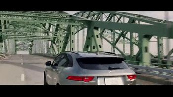 Jaguar F-PACE TV Spot, 'Jimmy & Kayper' [T1] - Thumbnail 9