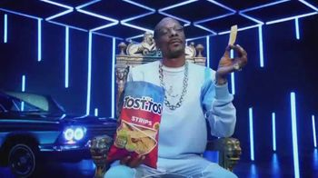Tostitos TV Spot, 'Good Apart. Better Together' Featuring Snoop Dogg, Martha Stewart - Thumbnail 5