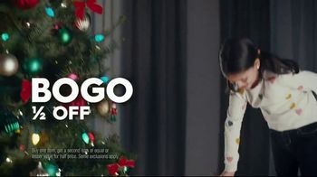 Famous Footwear TV Spot, 'Holiday: Never Ending Tree' - Thumbnail 9