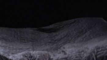 Gravity Blanket TV Spot, 'Proven to Improve Sleep: Save 25 Percent' - Thumbnail 6