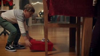 Famous Footwear TV Spot, 'Holiday Dinner Table: BOGO'