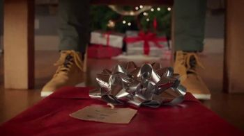 Famous Footwear TV Spot, 'Holiday Dinner Table: BOGO' - Thumbnail 6