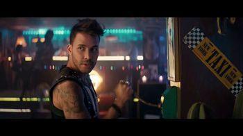 Sprint Ofertas de Black Friday TV Spot, 'Roadside Bar: S10' con Prince Royce [Spanish] - Thumbnail 7