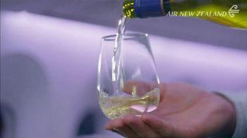 Air New Zealand TV Spot, 'Kiwi Welcome' - Thumbnail 7