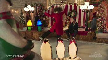 DIRECTV Movies Extra Pack TV Spot, 'Holiday Movies' - Thumbnail 4