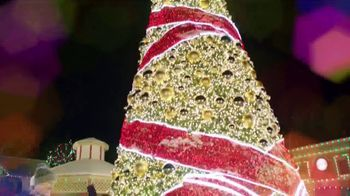 Six Flags Great America  Holiday in the Park TV Spot, 'Biggest and Brightest' - Thumbnail 3