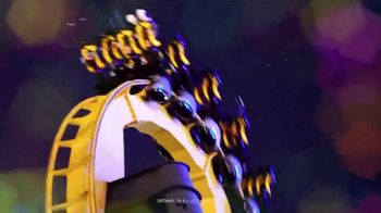 Six Flags Great America  Holiday in the Park TV Spot, 'Biggest and Brightest' - Thumbnail 5