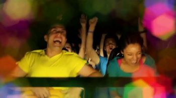 Six Flags Cyber Sale TV Spot, 'Holiday in the Park: Season Passes' - Thumbnail 2