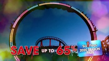 Six Flags Cyber Sale TV Spot, 'Holiday in the Park: Season Passes' - Thumbnail 3