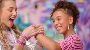 Kumi Kreator 2 in 1 TV Spot, 'Bracelets and Necklaces' - Thumbnail 4