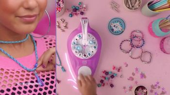 Kumi Kreator 2 in 1 TV Spot, 'Bracelets and Necklaces' - Thumbnail 5