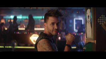 Sprint Ofertas de Black Friday TV Spot, 'Roadside Bar: LG TV' con Prince Royce [Spanish] - Thumbnail 2