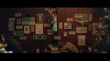 Sprint Ofertas de Black Friday TV Spot, 'Roadside Bar: LG TV' con Prince Royce [Spanish] - Thumbnail 3