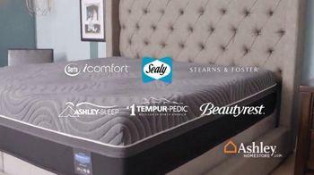 Ashley HomeStore Black Friday Sale TV Spot, 'Top Mattress Brands: 60 Months No Interest' - Thumbnail 3